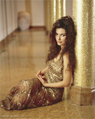 Shania Twain UNSIGNED photo - E635 - SEXY!!!!!
