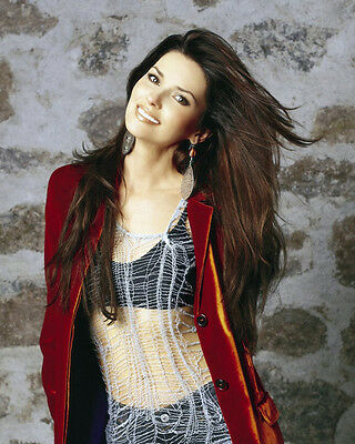 Shania Twain UNSIGNED photo - E636 - One of the best-selling artists of all tim