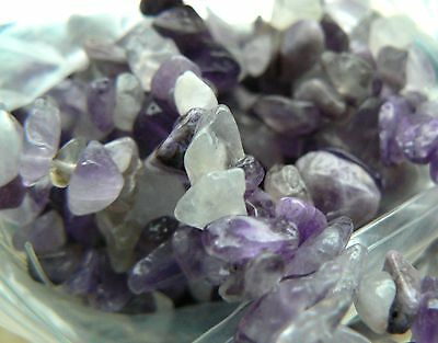 "No P&P - Beads Amethyst 3 to 12 mm Purple Gemstone Chips on a 34"" String"