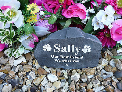 Dog Memorial - Garden Rock (Stone Effect) Personalised - Weatherproof - Medium