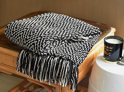 Black and White Woven Throw Bed Sofa Couch Rug Blanket Gift Wrapped 127 x 152CM