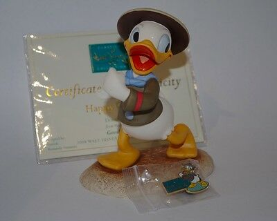 "WDCC DISNEY DONALD DUCK ""Happy Camper"" MINT Never Displayed"