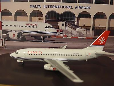 Air Malta Boeing 737-200 9H-ABF Aircraft model with Old Livery 1off 300 made