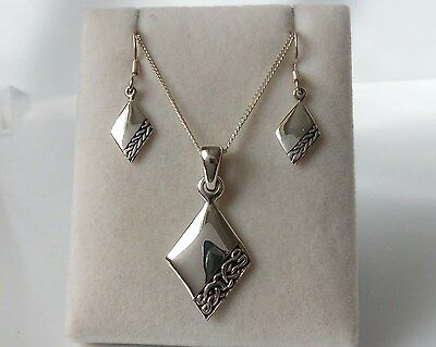 Sterling Silver Celtic Necklace and Earrings Set.