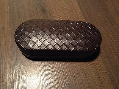 BN 100% auth Bottega Veneta, Hard glasses / sunglasses case With Logo.