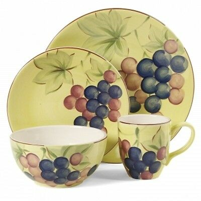 Gibson Home Fruitful Harverst Grapes 16pc Dinnerware Set