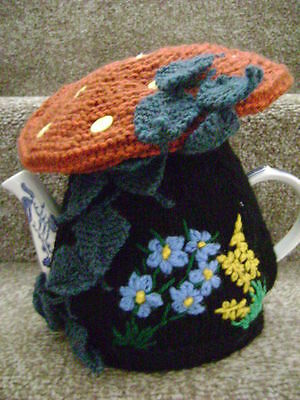 New Hand Knitted  Magic Mushroom  Tea Cosy ~ Large