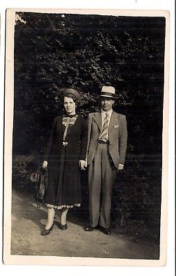photo carte postale   beau couple  1939  (1016e)