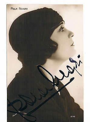 Pola Negri Actress  1920s Hand Signed Vintage postcard 5 x 3