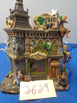 Lemax Spooky Town Zomie's Cafe 65346 As-Is 2629