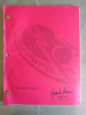Star Trek Enterprise Stage Used Crew Script Extinction