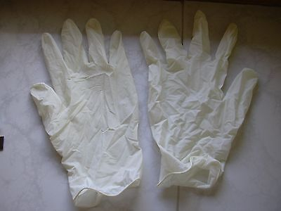 10 Pairs of protective gloves - LATEX - Size L