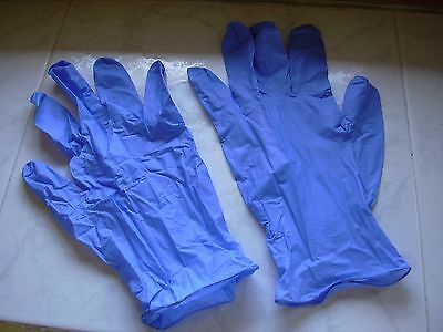 Pair of protective gloves - NITRILE - Size L