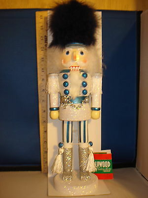 Nutcracker Wooden White with Blue Accents 15 inches 027719  240