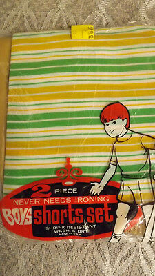 Vtg 60's Boy's Shirt/Shorts 2 pc Play Set NOS sz 8 Green/Yellow Sportswear USA