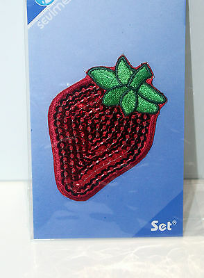 Patch thermocollant transfert écusson fun couture strass sequin fraise