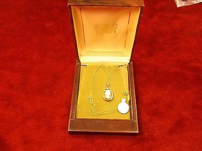 Stunning Mint Condition Nos Vtg 14K Yellow Gold Seashell Cameo Pendant/Necklace