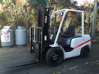 TEU Forklift Diesel 3.5Ton Cascade Side Shift Container Mast 4.5m Lift Negotiale