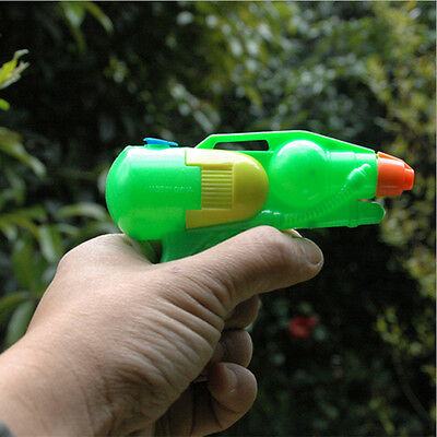 New Funny Plastic Pressure Water Gun Pistol For Children/Kids Favorite Party