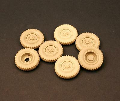 "PANZER ART, 1:35, RE35-119 Road Wheels for ""Eingeistdiesel"" (Gelande tire)"