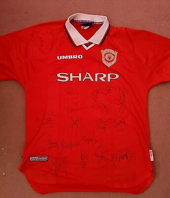 Manchester United Champions League Home Shirt -Treble 1999 L Hand Signed- Rare
