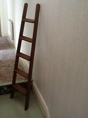 Wooden Ladder Towel Rail Display Antique Waxed Finish