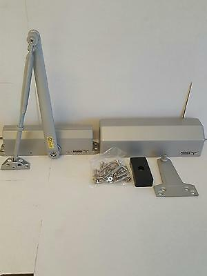 Grade 1 Medium Duty Door Closer Aluminum