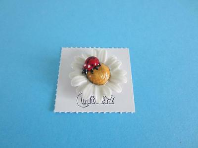 NEW 2016 LITTLE CRITTERZ INSECT ''DAISY'' LADY BUG ON DAISY FIGURINE W/BOX*Mint*
