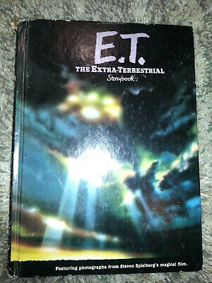 1982 ET THE EXTRA TERRESTRIAL Hard Book STEVEN SPIELBERG Color Pictures VINTAGE