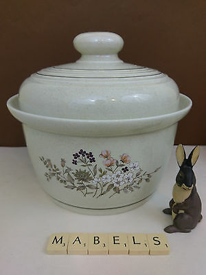 ROYAL DOULTON  ~BREDON HILL~ casserole tureen