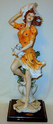 """Vintage Giuseppe Armani """"Falling Leaves"""" Florence Italy Figurine - Excellent!"""