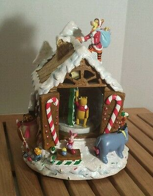 Disney Musical Snow Globe Pooh Tigger Piglet Owl Christmas Gingerbread House