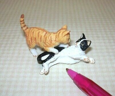 Miniature Pair of Cats, Black/White and Orange Striped, PLAYING! DOLLHOUSE 1:12
