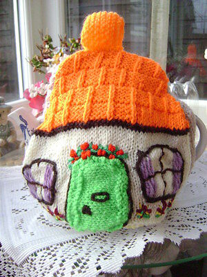 New Hand Knitted Country Cottage Tea Cosy ~ Large
