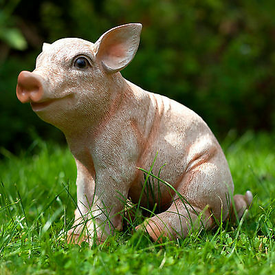 Realistic Sitting Pig Garden Ornament Polyresin Animal Outdoor Statue