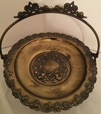 Antique Adelphi Ornate Footed Silverplate Bridal Basket W/ Handle (1890-1915)