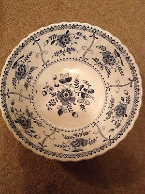Johnson Bros, Indies pattern blue and white fruit / serving bowl 22cm