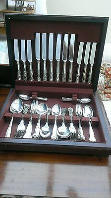 44  Piece  Silver  Plated  Stainless  Cutlery  Set.