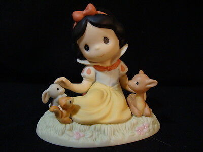 zq Precious Moments-Snow White And Friends-Disney Showcase Collection