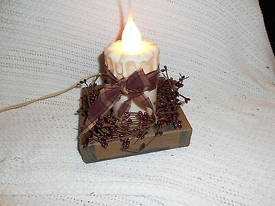 Primitive decor wooden crate country candle pip berries grungy bow newly created