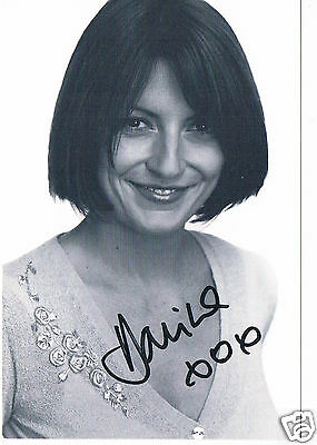 Davina Macall Model and Television Presenter Hand Signed Photograph  6 x 4