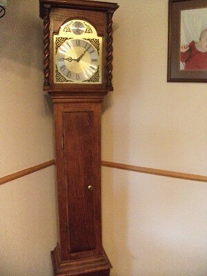 1970s COTTAGE CLOCK(SIMILAR TO GRANDFATHER DESIGN)OAK.EXCELLENT WORKING ORDER.