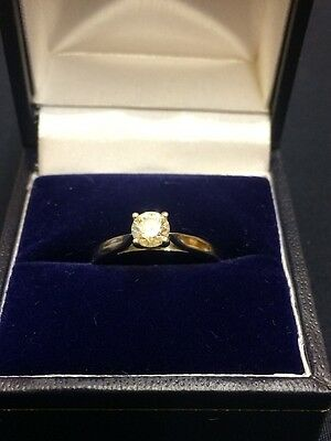 Diamond Solitaire Ring, set in 18 ct White Gold - Ring Size L