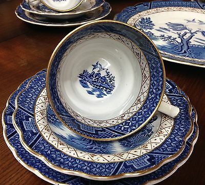 SIX Booths REAL OLD WILLOW Breakfast Cups Saucers & Side Plates A8025