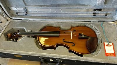 Stentor 15.5 Student Viola outfit with Bow and Case
