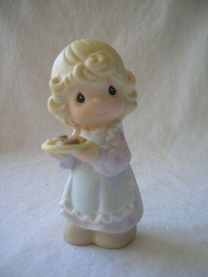 35 Little Moments figurines - NEW IN ORIGINAL BOX & CONTENTS $1000+ RETAIL