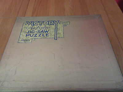 Vintage Victory Artistic  Gold Box Wooden Jigsaw Puzzle Puppy Love 800 Pieces
