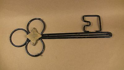 Vintage Keeper Of The Keys Bent Heavy Gauge Metal Wire Wall Hook W/brass Tag