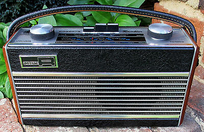 1975 Roberts Rambler MW/LW 8 transistor radio - excellent, working well