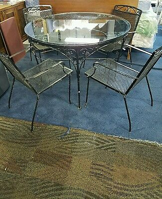 Vtg Mid Century Wrought Iron Grape Vine Pattern Patio Dining Set Table 4 Chairs